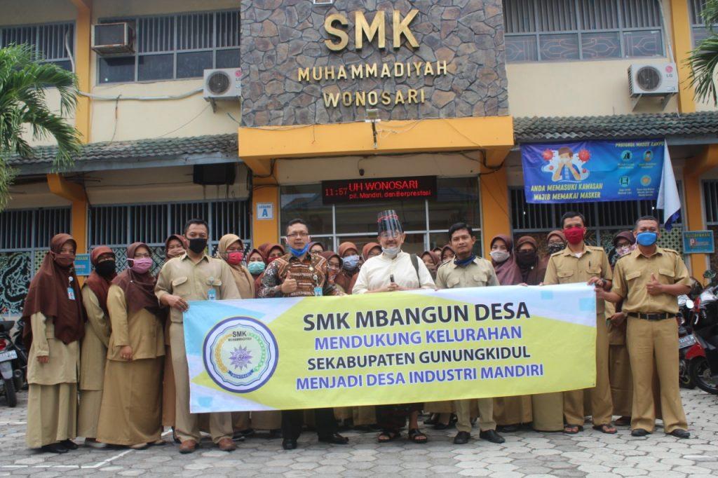 SMK Muhammadiyah Gunungkidul Siap Mbangun Desa